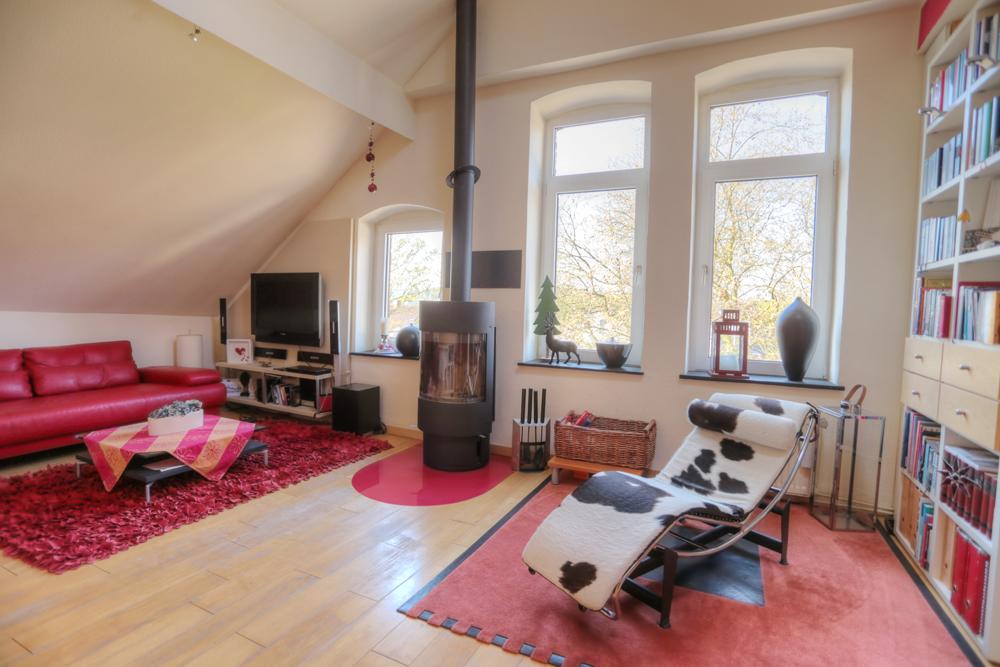 verkauft gro z gige wohnung im 2 familienhaus mit balkon und garten in bochum optimo. Black Bedroom Furniture Sets. Home Design Ideas